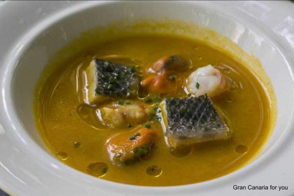gastronomia-8-caldo-de-pescado-de-gran-canaria
