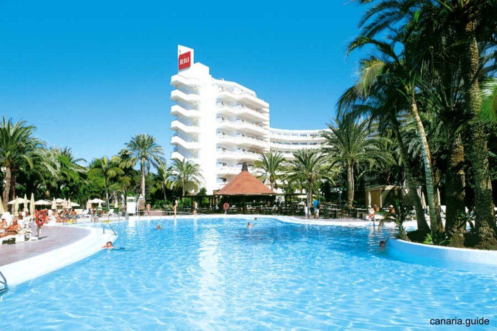 Celkový pohľad na ClubHotel RIU Papayas.
