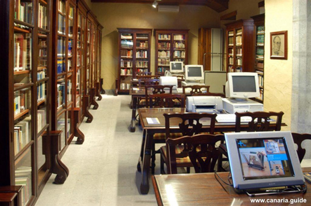 Gran Canaria, Biblioteca de El Museo Canario