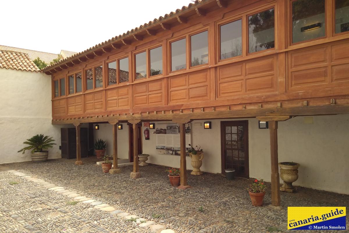 Finca Condal Vega Grande - nádvorie kaštieľa