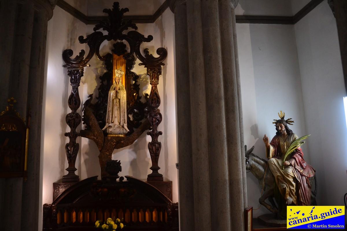 Arucas, Iglesia de San Juan Bautista - Capilla del Señor de la Burrita y Virgen de Fátima