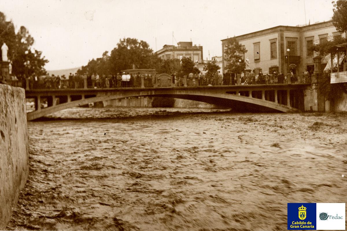 Puente de Piedra, 1940